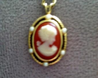 VintageTrifari Cameo Necklace Salmon & Cream color scheme
