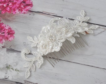 Vintage Bridal Hair Comb, Wedding Headpiece with Beaded Lace, Pearls in Ivory