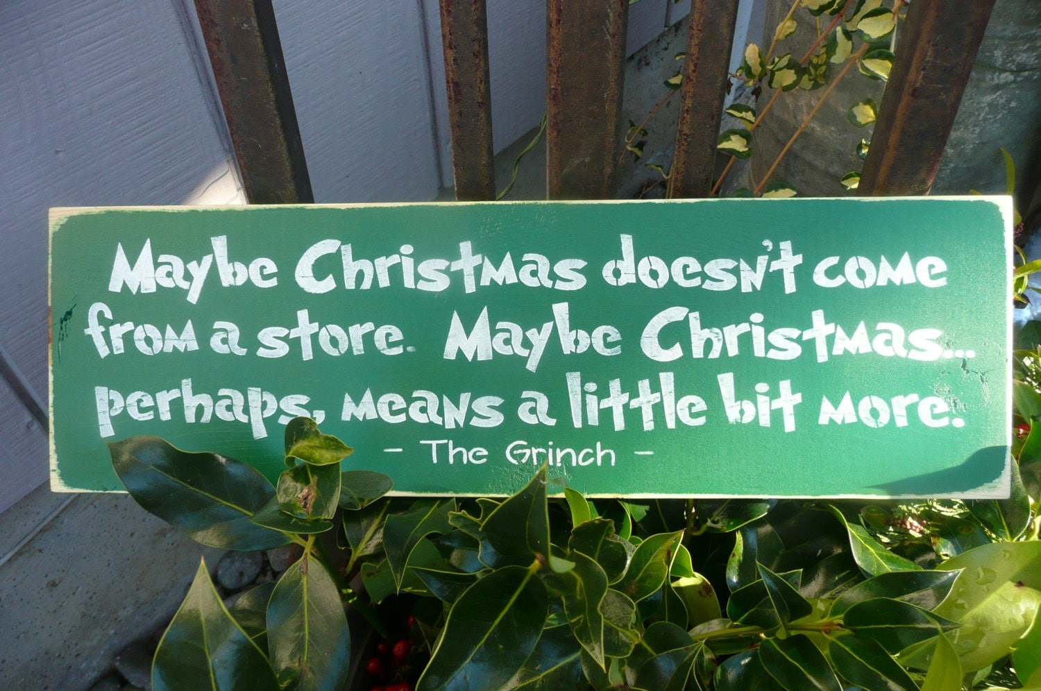 MAyBe CHRISTMAS Doesn't Come From A Store-Hand By SiMpleGalz