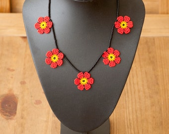 Mexican Huichol Beaded Necklace Flowers