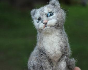 Needle felted gray Cat. Handmade. Miniature soft sculpture, felted wild animals