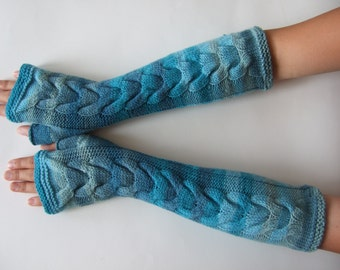 Handmade light blue fingerless gloves, wrist warmers, fingerless mittens. Soft and warm. PURE wool.