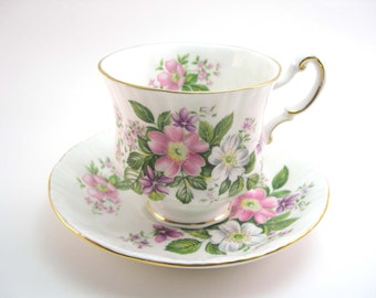 "Paragon Tea cup and saucer set, Flower festival ""A"" , English tea cup set, White tea cup with pink roses."