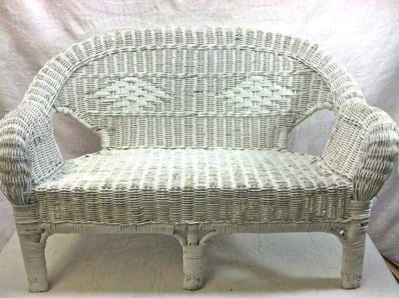 Vintage wicker settee child sized furniture child 39 s for Kid sized furniture