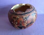 The 10  Music Men Drinking Gourd Calabash Vase Shell Wood