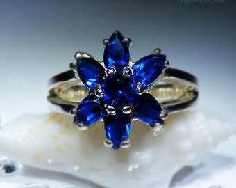 Orchid. Handmade Sapphire Ring