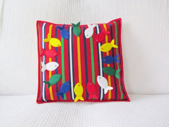 Decorative pillow with felt fishes by Ema's Corner