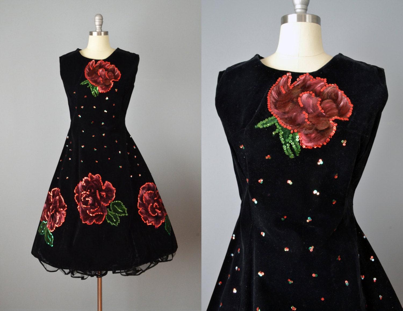 Vintage 50s Hand Painted Velvet Mexican Dress // Small-Medium