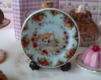 Dolls House miniature 'Country Rose cottage' Ceramic Plate