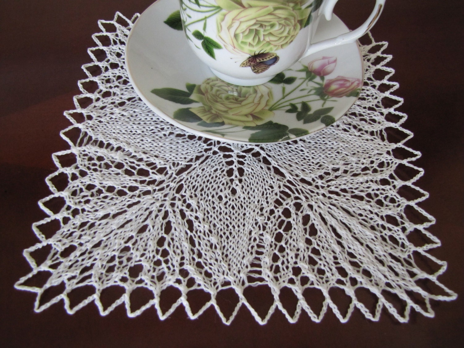 7 5 white square handmade knitted lace placemat by for Small square placemats