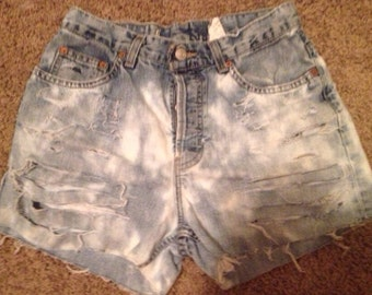 Dee Dee. Acid Wash high waisted shorts
