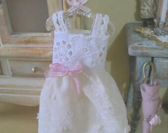 1/12 hanger and romantic dress - miniature - dolls house - hand made