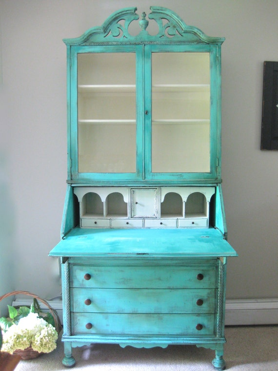 Vintage Chippendale Hand Painted French Country Cottage Chic