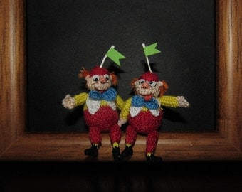 Miniature tweedle dee and tweedle dum Alice in Wonderland Miniature Disney Disney Characters