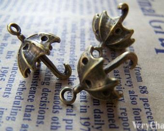 10 pcs of Antique Bronze Unfolded Umbrella Charms 13x19mm A1427