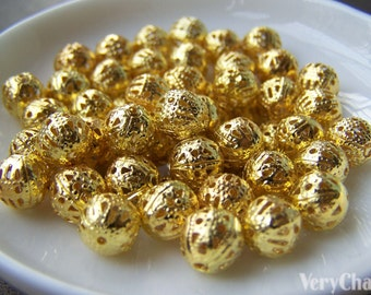 100 pcs of Gold Tone Filigree Ball Spacer Beads Size 8mm A3845