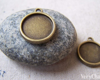 20 pcs of Antique Bronze Round  Base Settings Pendant Double Sided Match 14mm Cabochon A5649
