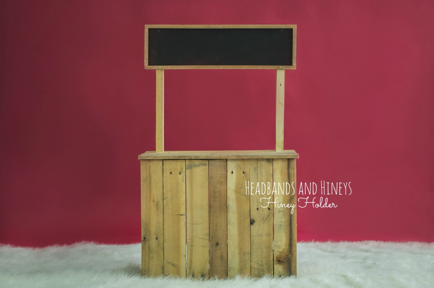 how to build a kissing booth out of wood
