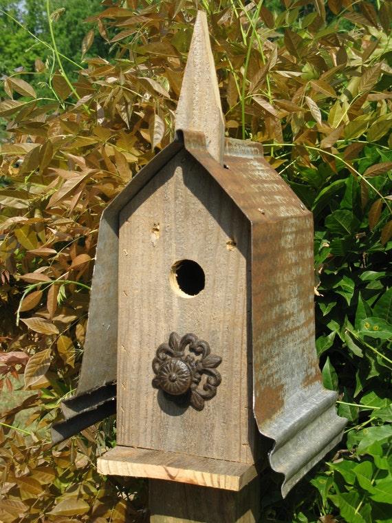 Birdhouse birdhouses barnwood bird house rustic bird for Primitive house plans