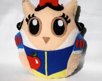 Snow White- The fairest of them Owl - Handmade Felt Owl Plushie