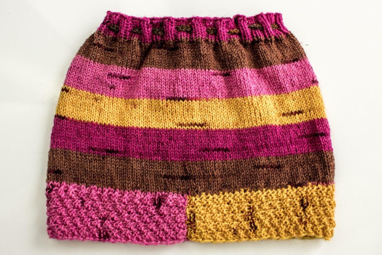 Knitting Skirt For Baby : Knitting pattern baby girls skirt knitted girl