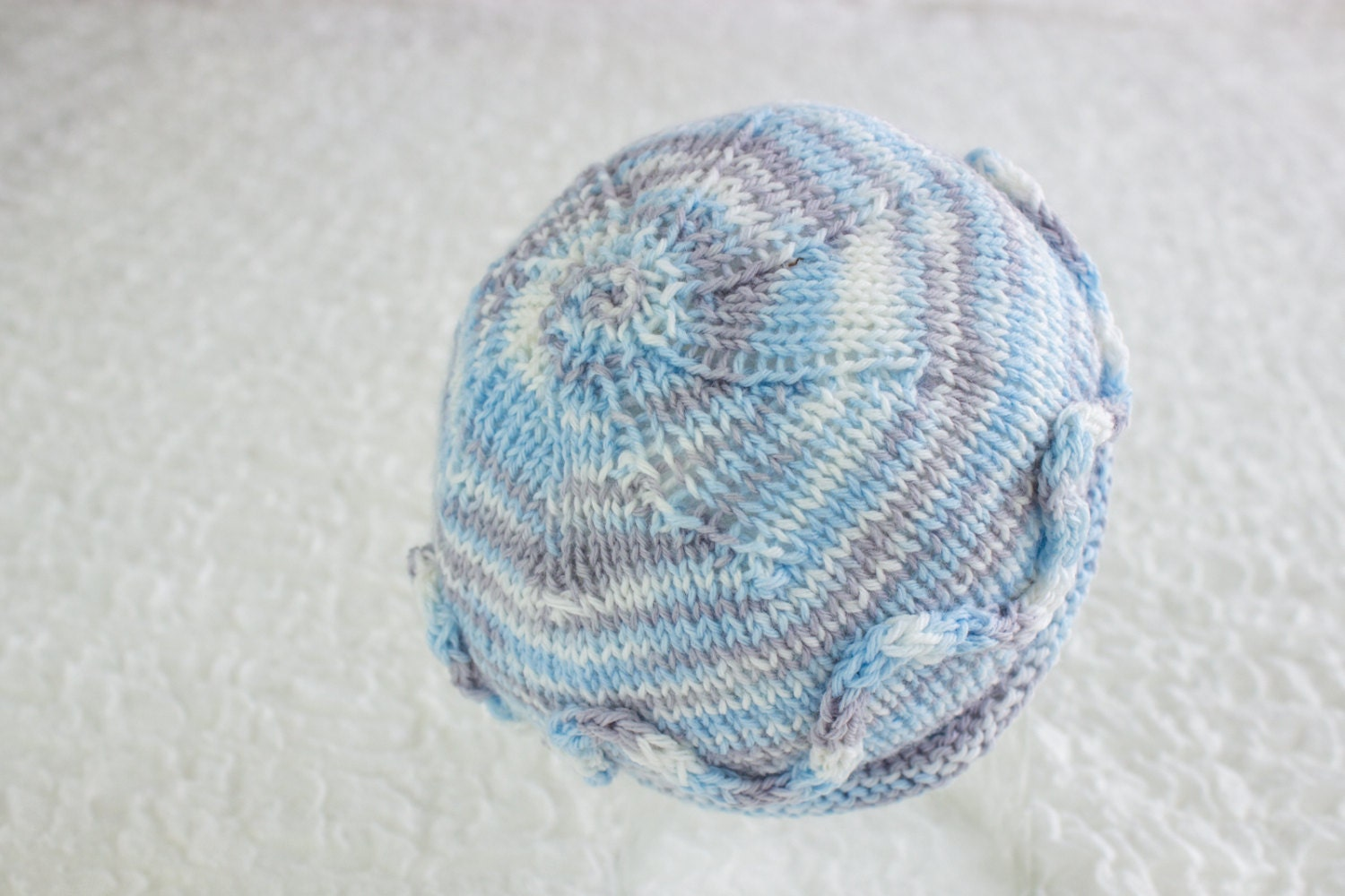 Baby Hats Free Knitting Patterns : FREE KNITTING PATTERN Simple Newborn Beanie Newborn Hat
