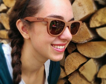 Wooden sunglasses - sandalwood