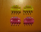 4 Doll Hair Clips - About 2 cm long - Choice of colors - For any doll Barbie or Polymer Doll, etc