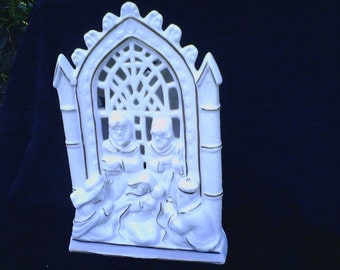 Holy Family with Wise Men Tealight Lenox Look Gold trim Ivory Candleholder