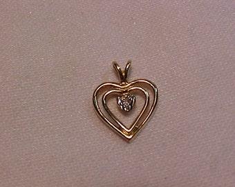10k Yellow Gold Heart Pendant/Charm-Centre Diamond-FREE SHIPPING