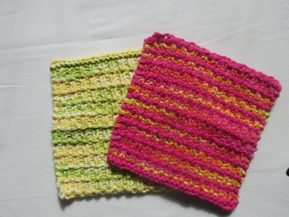 Knitting Patterns Holders For Towels : KNITTING PATTERN PDF Mothers Day Tea Towel and Pot Holder - Knit Hand To...