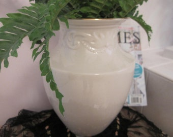 SALE// StUnNiNg// LENOX Lover's // GINORMOUS// ViNtAgE // LeNoX VaSe // MaDe In UsA