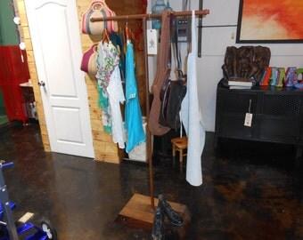 Marco para espejo de hierro forjado a mano en fragua pintado - Colgador de camisas ...