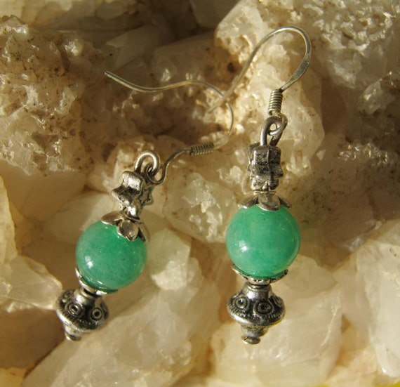 Handmade Silver Earrings with Green Jade & Star by IreneDesign2011