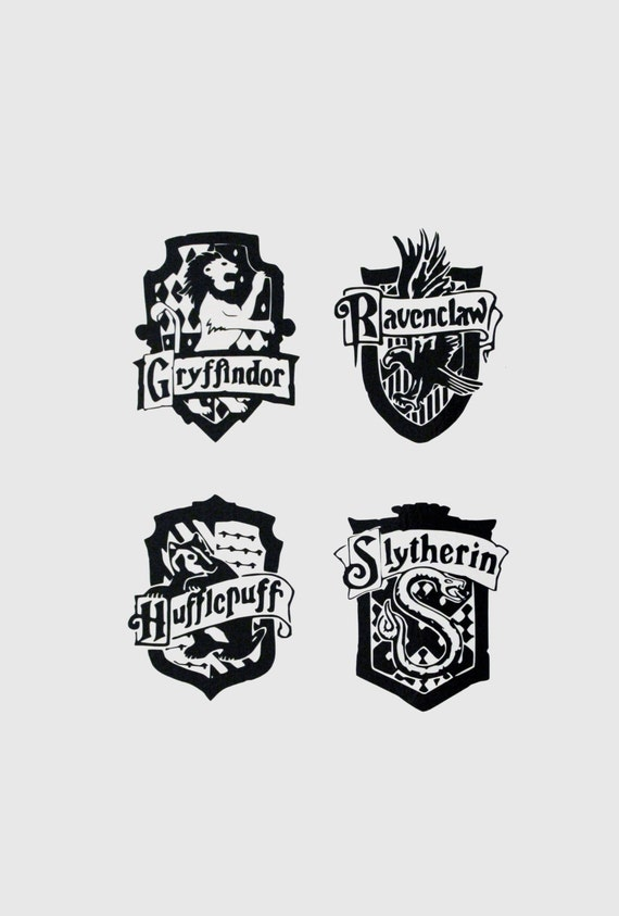 Hogwarts House Crest Black And White Small harry potter house crest ...