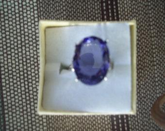 Light Amethyst Ring Sterling Silver - 18x13 mm
