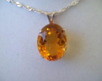 Golden Quartz Pendant in Sterling Silver 20x15 mm