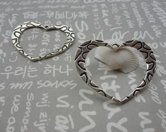 50pcs Antique Silver Base Metal Charms-Heart charms pendant 35X28mm--Suitable for necklaces and bracelets--CP46