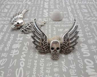 20pcs Antique Silver Base Metal Charms-Skull Wings pendant charm 51x45mm--Suitable for necklaces and bracelets--CP140