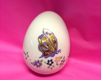 White Porcelain Egg with Butterfly