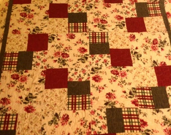 Country Floral Throw Quilt