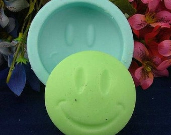 Round Smile Face Soap Mold Flexible Silicone Mould For Handmade Soap Candle Candy Cake Fimo Resin Crafts