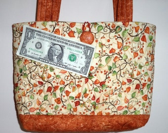 Quilted Purse, Rust, Cream, and Green