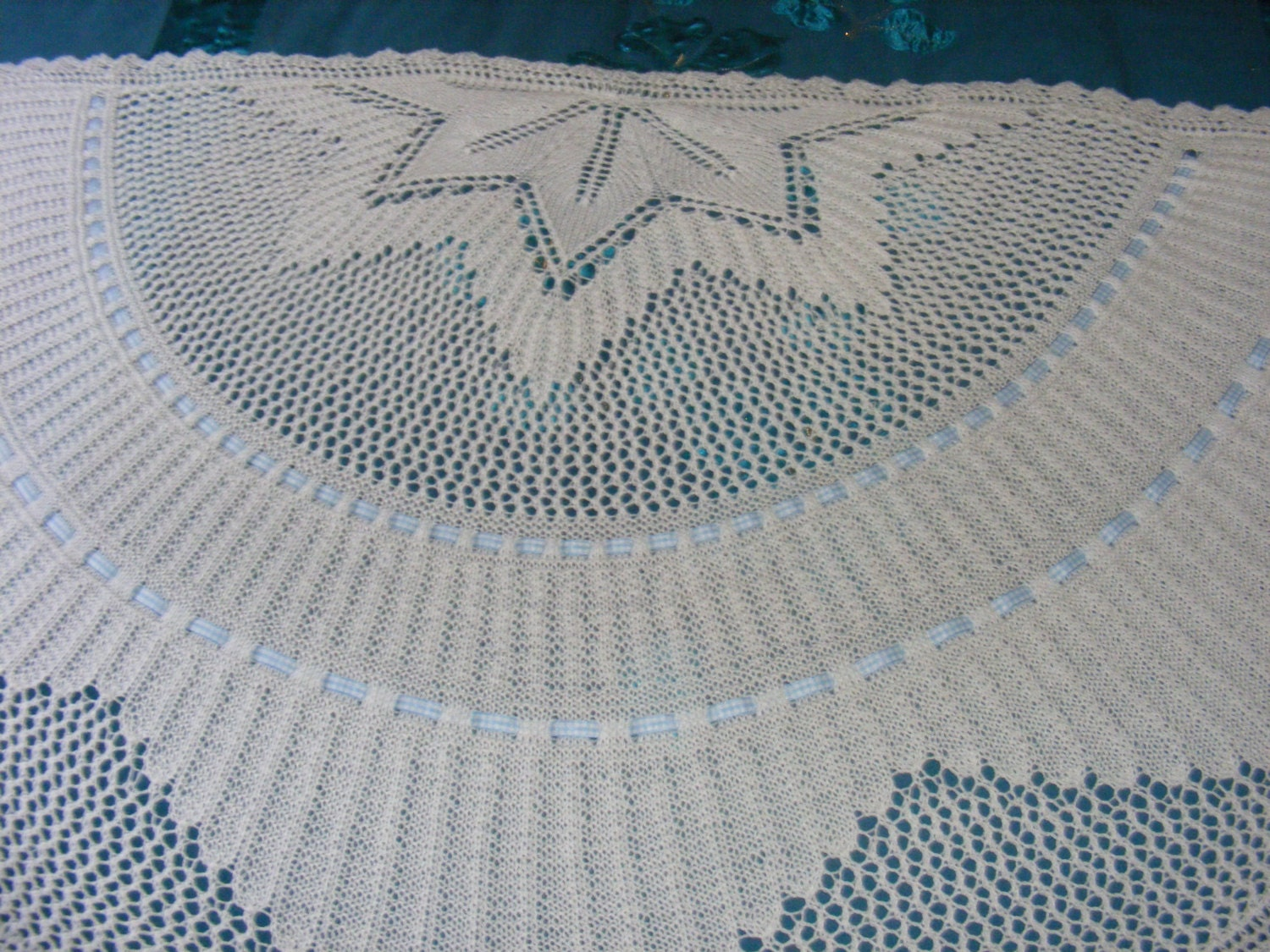 Knitting Patterns For Circular Shawls : Nemesis semi-circular baby shawl knitting pattern in 4ply