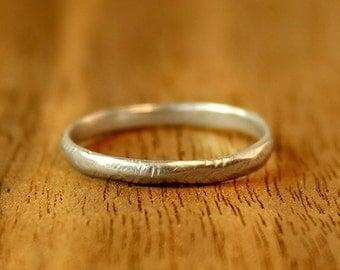Narrow Rustic Wedding Band in sterling silver. Women's wedding band. Alternative Wedding Ring.