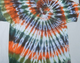 Men's Large Tie-Dyed T-Shirt