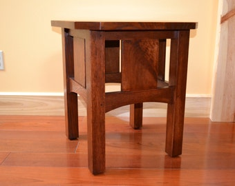 Arts and Crafts - Stickley Model 562 Taboret Replica Side Table