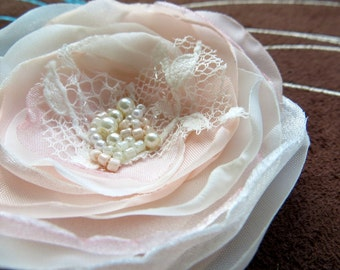 Blush Pink Wedding bridal hair clip, bridal hairpiece, bridal hair flower, vintage wedding flower, rustic bridal, bridal floral headpiece