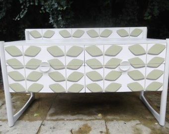 SOLD**Retro Sideboard/Chest of Drawers