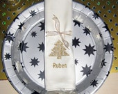 Napkin embroidered with p...
